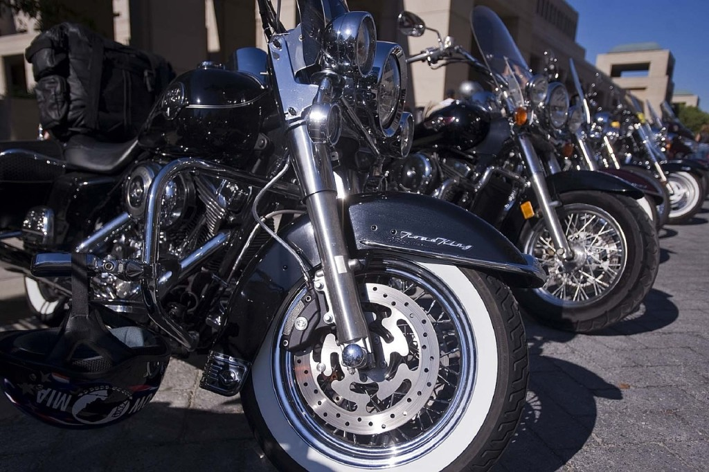 motorcycles-655477_1280